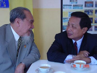 Foto del Gran Maestro Van Chieu con Le Sang